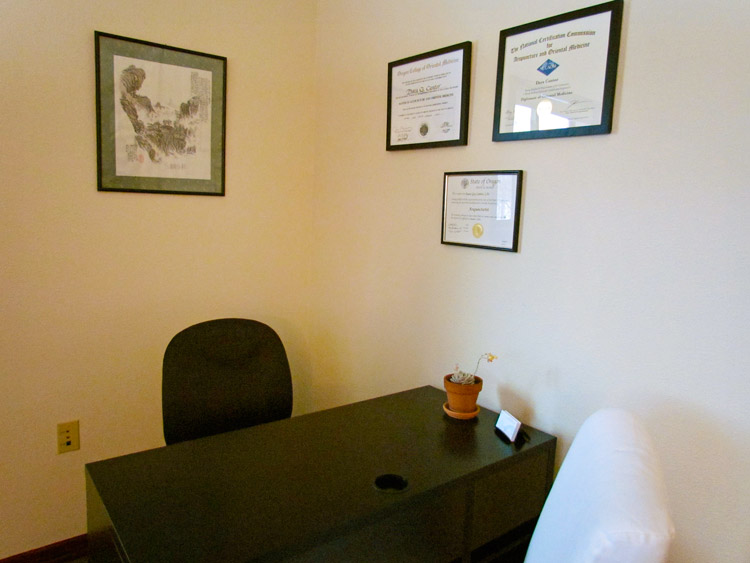 Flow-Natural-Health-Care-Office-01